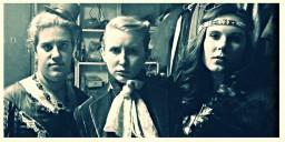 "with Estelle Olivia and Rachel Handler backstage for ""Richard III"""